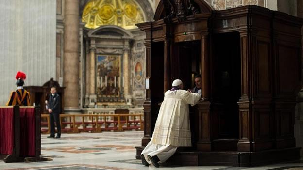 papa-francisco-confesion-vaticano